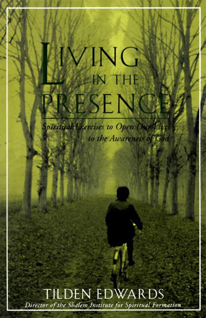 Living in the Presence als Taschenbuch