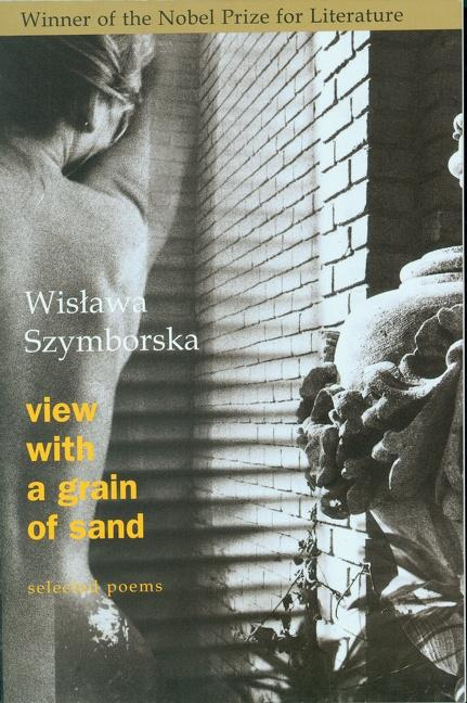 View with a Grain of Sand: Selected Poems als Taschenbuch