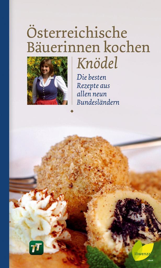 Österreichische Bäuerinnen kochen Knödel als eBook epub