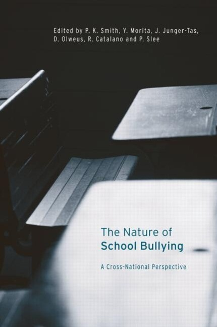 The Nature of School Bullying als Taschenbuch