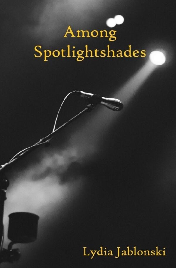Among Spotlightshades als Buch (kartoniert)
