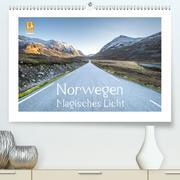 Norwegen Magisches Licht (Premium, hochwertiger DIN A2 Wandkalender 2020, Kunstdruck in Hochglanz)