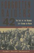 Forgotten Raiders of '42: The Fate of the Marines Left Behind on Makin als Buch (gebunden)