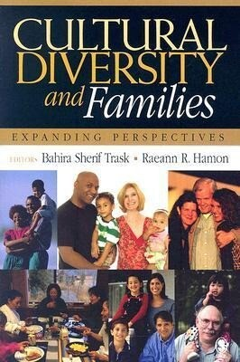 Cultural Diversity and Families: Expanding Perspectives als Taschenbuch
